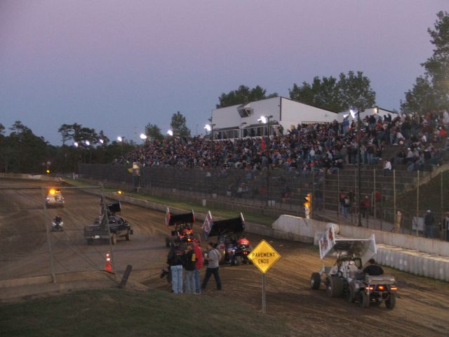 Sprint Cars For Sale >> Renegade series books show at Hartford Speedway for 2015 ...