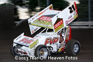 Brian Brown. - Steve Lafond / Tear Off Heaven Fotos