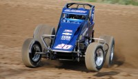 Clauson and McFadden lead the pack, Stewart climbs into fifth...