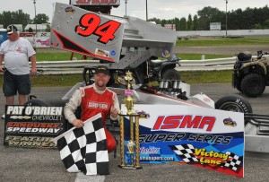 Dave Shullick, Jr. in victory lane after winning the 2013 Hy-Miler Nationals. - Image courtesy of ISMA