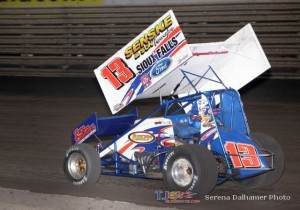 Mark Dobmeier won the 2nd of the Knoxville Raceway 410 Twin Features (Serena Dalhamer photo)