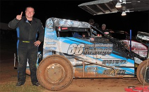 Chris Andrews after winning the opening night of the Twister Nationals. - Lonnie Wheatley Photo
