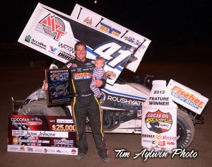 Jason Johnson captured his fourth Lucas Oil ASCS title and the largest payday in the history of ASCS worth $25,000 in the 2013 season finale at the Cocopah Speedway. (ASCS / Tim Aylwin)