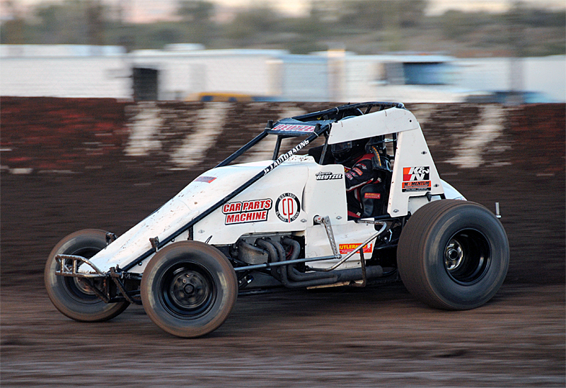 Reutzel Opens Strong With Wingless Weekend