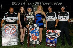 Kerry Madsen and the Keneric Racing team in victory lane at the Stockton Dirt Track. - Steve Lafond / Tear Off Heaven Fotos