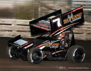 Craig Dollansky won the 410 feature at Knoxville Raceway (Serena Dalhamer photo)
