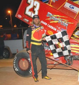 """Lance Moss made a career-first visit to the www.rockauto.com USCS victory in the USCS vs. URC """"Spring Speed Xplosion"""" on SaturdLance Moss made a career-first visit to the www.rockauto.com USCS victory in the USCS vs. URC """"Spring Speed Xplosion"""" on Saturday night at Lancaster Speedway. ( Frank Simek photo).ay night at Lancaster Speedway. ( Frank Simek photo)."""