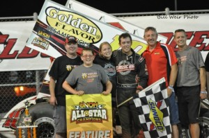 Danny Holtgraver with his family and crew in victory lane at Eldora Speedway. - Bill Weir Photo