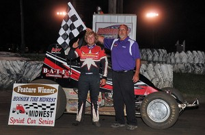Tyler Courtney picked off his first career wingless Sprint Car feature win by topping Friday night's 25-lap MSCS main event at the 1/4-mile Farmer City Raceway in Farmer City, IL. - TWC Photos