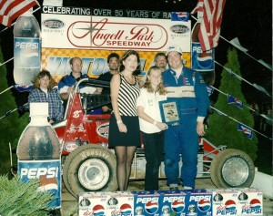 Randy Fiscus and family following at 1999 victory at Angell Park Speedway. (Image courtesy of BMARA)