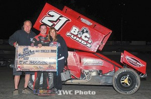 Tyler Thomas picked up the $5,000 winner's share by topping Saturday night's 305 Shootout finale at Las Cruces' Southern New Mexico Speedway. (Lonnie Wheatley Photo)