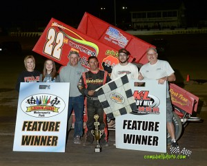 Randy Hannagan with his crew in victory lane Friday at Limaland Motorsports Park. (Mike Campbell/CampbellPhoto.com)