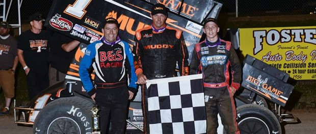 (l to r) Second place Byron Reed, winner Dale Blaney, and third place Sheldon Haudenschild. (Mike Campbell Photo)