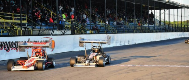 Mark Sammut edged Mike Lichty for the win in the first round of the Shea Concrete Steel Palace ISMA Super Series at Oswego Speedway.  Round two is scheduled for this Saturday at 6:30 p.m. (Bill Taylor)