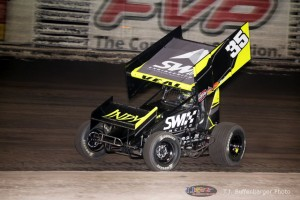 Jamie Veal in action at Knoxville Raceway last season. (Serena Dalhamer photo)
