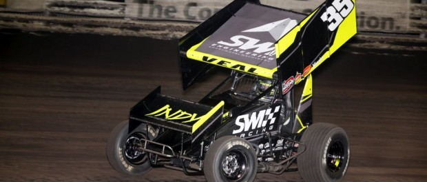 Jamie Veal in action at Knoxville Raceway last season.  (Serena Dalhamer photo)