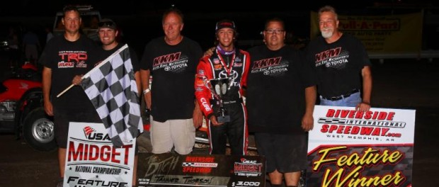 Tanner Thorson (third from right) and his Keith Kunz/Curb-Agajanian Motorsports crew celebrate in victory lane after winning Friday night at Riverside. (Rich Forman Photo)