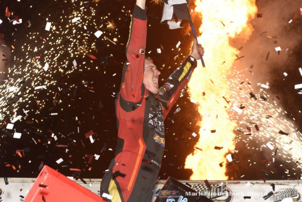 Jason Johnson celebrates his victory at the 2016 5-hour ENERGY Knoxville Nationals. (Mark Funderburk Photo)