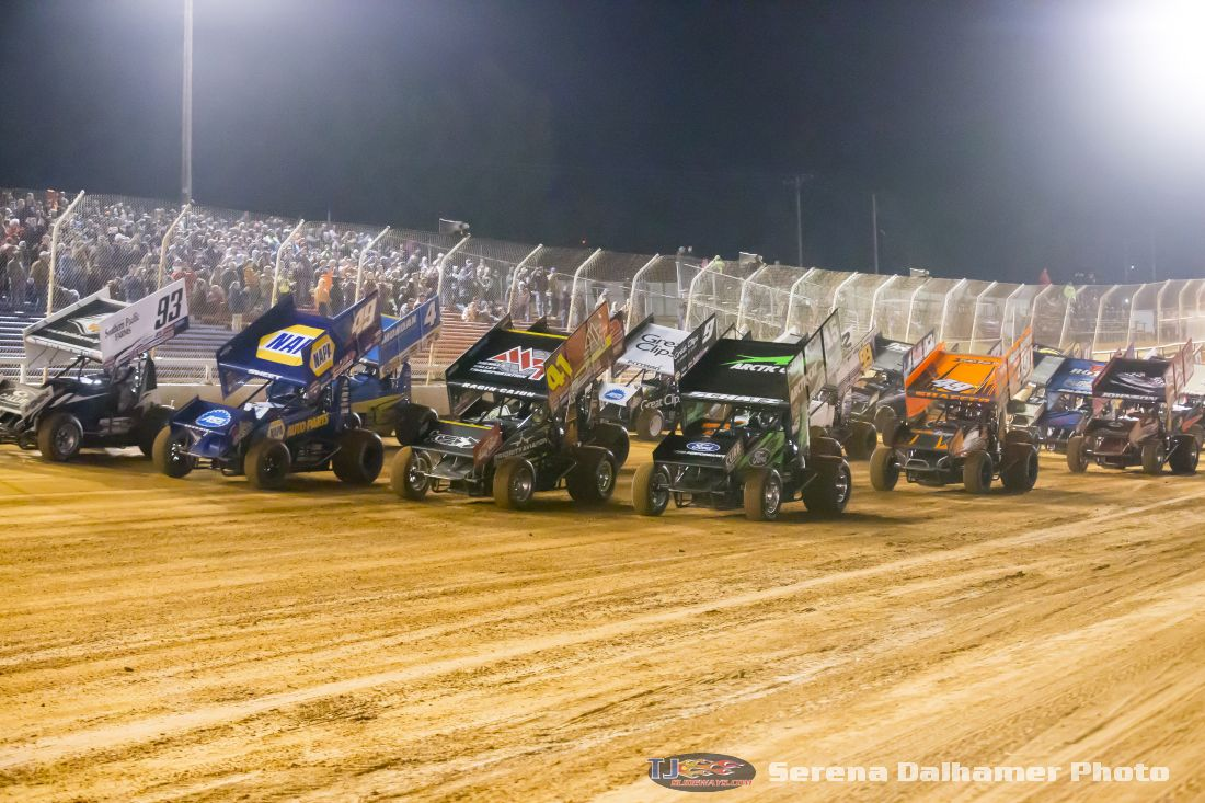 World of Outlaws Craftsmen Sprint Cars 4-Abreast (Serena Dalhamer photo)