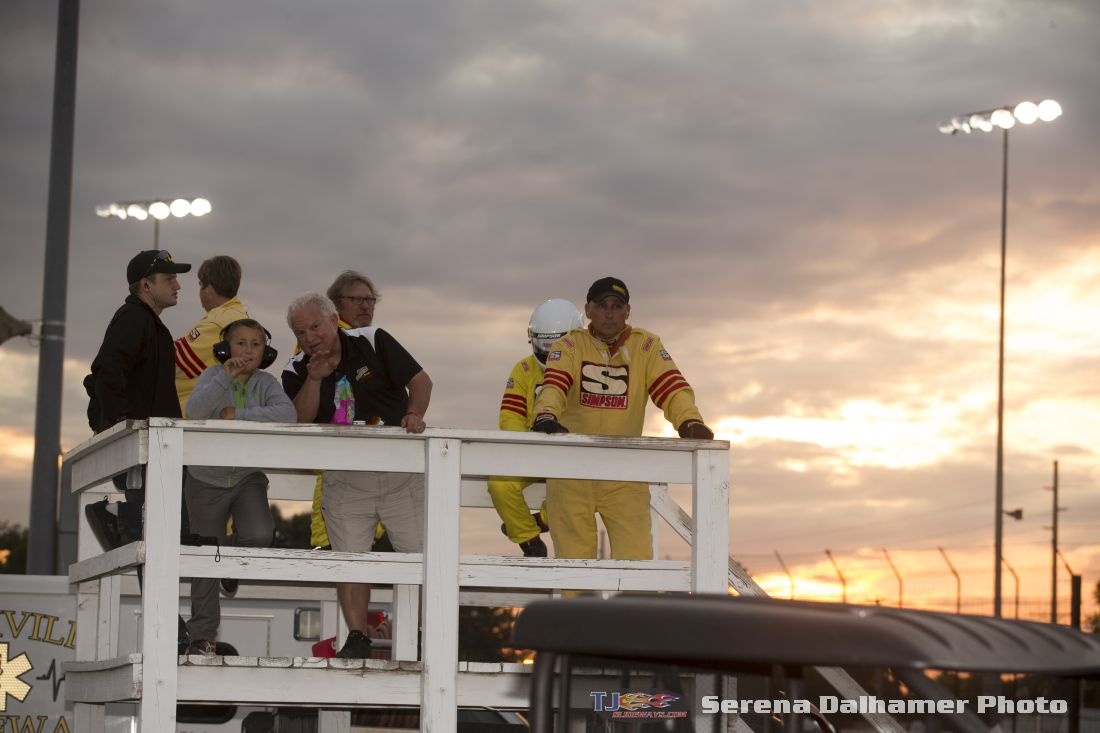 Knoxville Raceway Safety Crew (Serena Dalhamer photo)