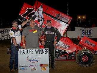 Randy Martin celebrates his Moberly win with race sponsor Tony Stuart (MF Photography)